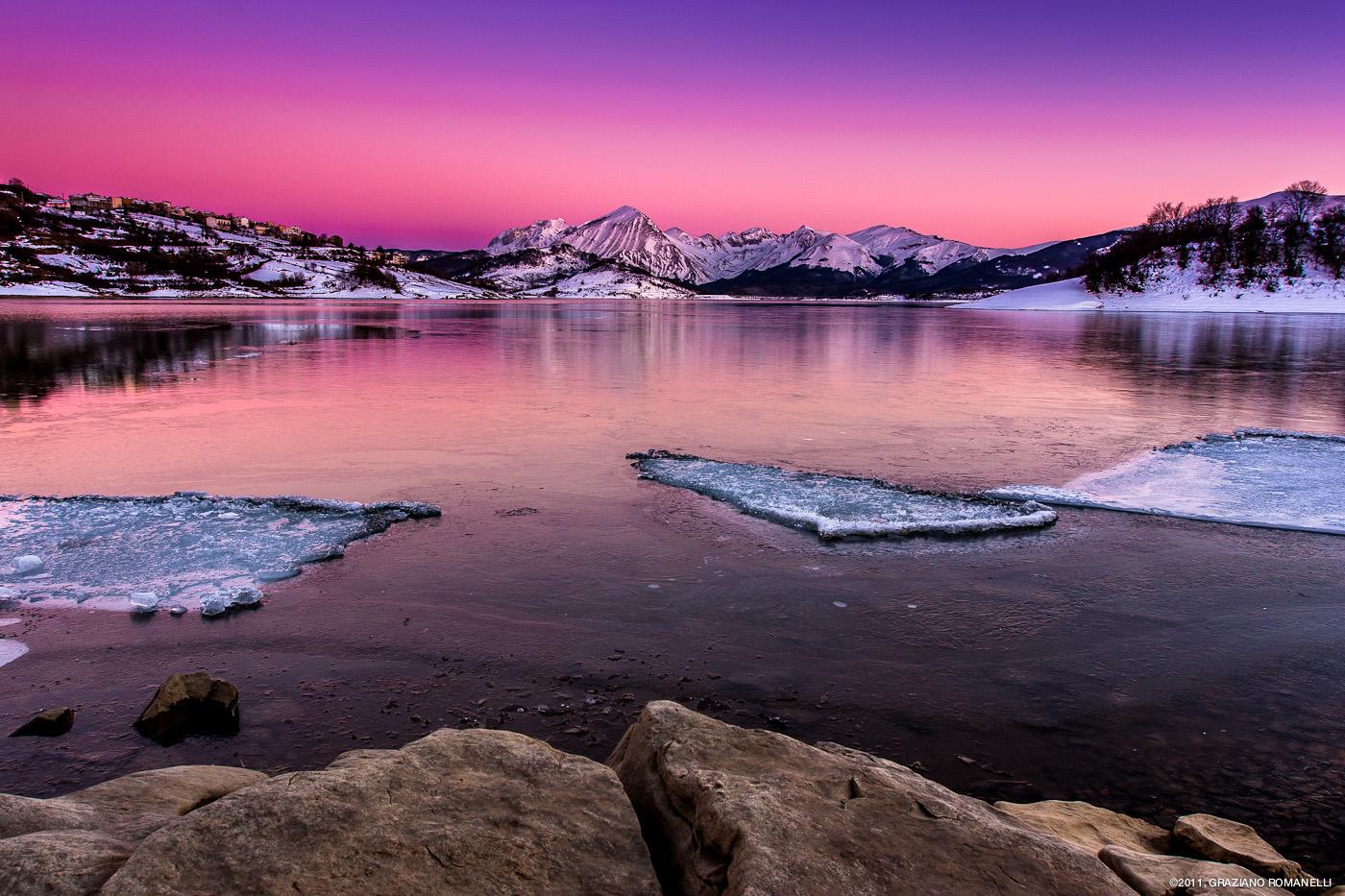 Sunset on the frozen lake Campotosto. - Graziano ...